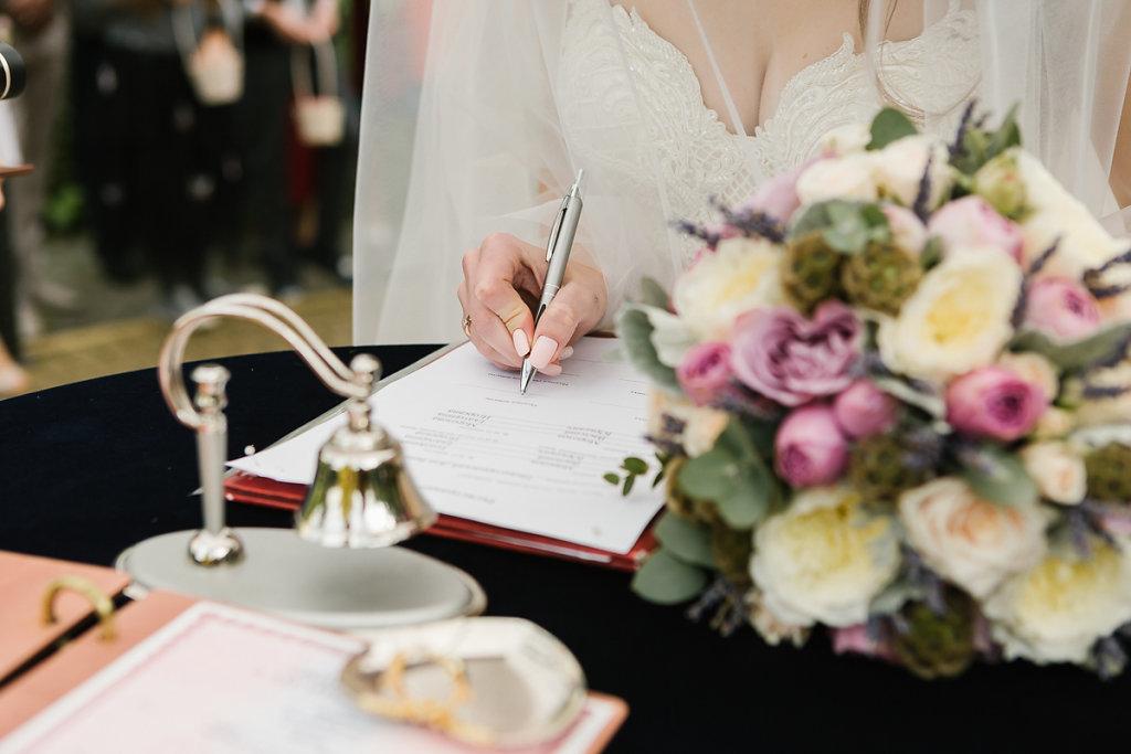 vk-wedding-19-of-70.jpg